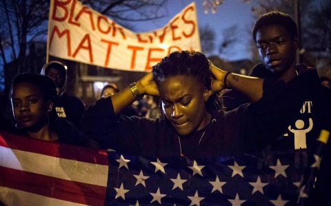 Thumbnail image for Photos: Uneasy wait in Ferguson for grand jury decision
