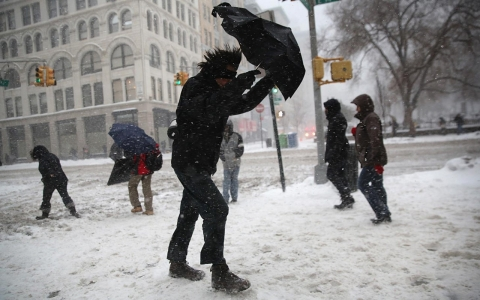 Thumbnail image for Photos: Winter storm blasts South, Northeast