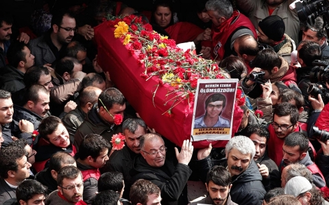 Thumbnail image for Photos: Death of a 15-year-old Turkish boy triggers massive protests