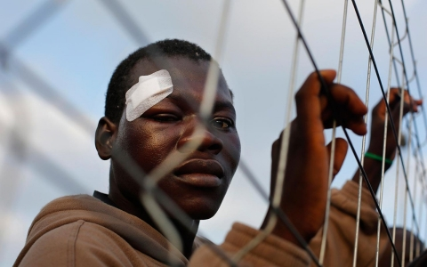 Thumbnail image for Photos: Surge of African migrants try to enter Spain