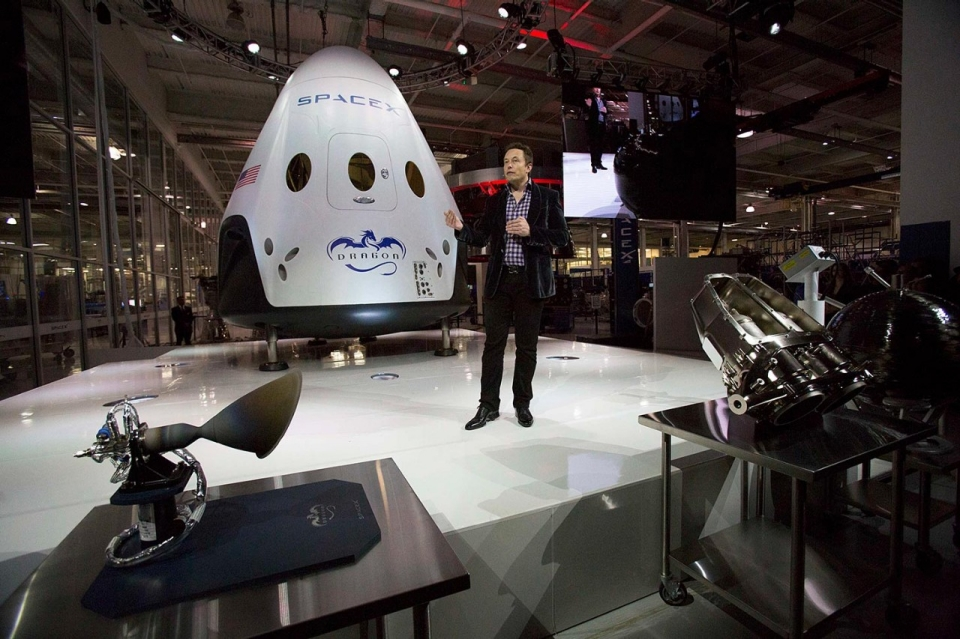 space flight spacex dragon v2 insider - photo #8