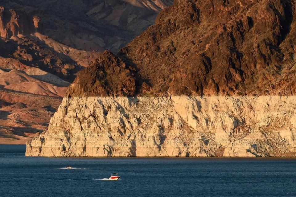 Record low waters in Nevada's Lake Mead | Al Jazeera America