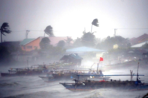 Thumbnail image for Photos: Powerful typhoon wrecks Philippines