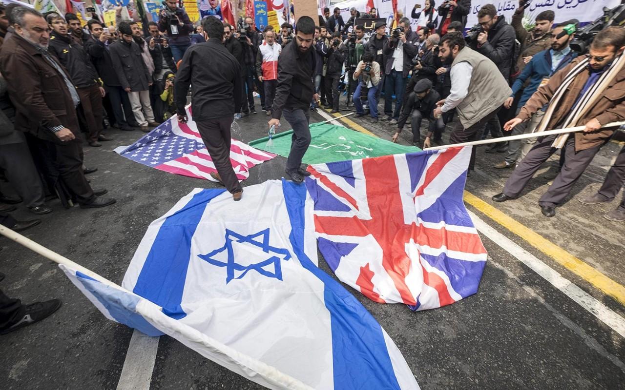 Photos: Anti-American demonstrations in Iran