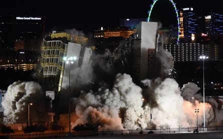 Photos: Destruction of Las Vegas hotel does not quite succeed