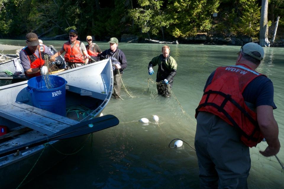 Hatchery Pits Environmentalists Against Tribe | Al Jazeera