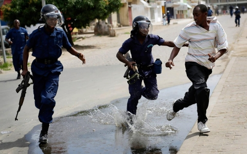 Thumbnail image for Photos: Two dead as police clash with protesters in Burundi