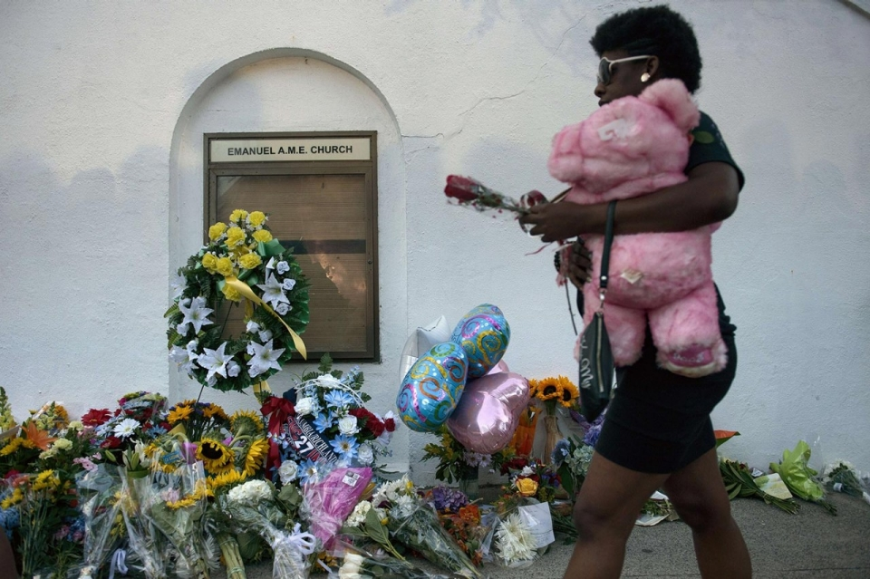 Photos Grief After Shooting South Carolina Church Al