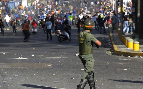 Thumbnail image for Timeline: Unrest divides Venezuela