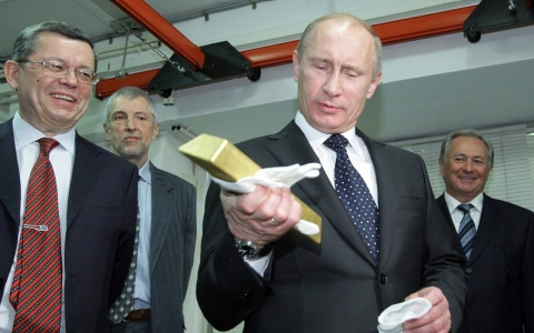 Thumbnail image for Putin goes for the gold