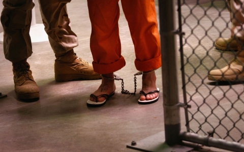 Thumbnail image for Gitmo hunger striker v. Barack Obama