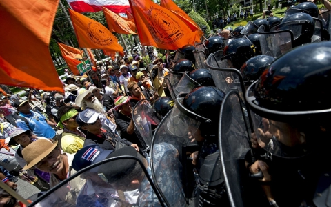 Thumbnail image for Opinion: Thailand is on the brink of civil war