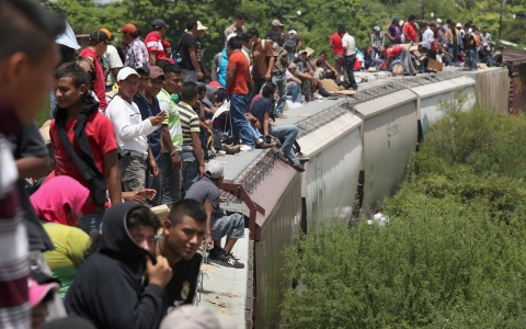 Thumbnail image for Opinion: Minors crossing US southern border need protection
