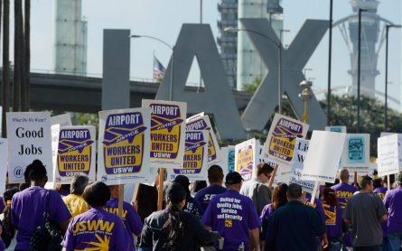 Free-riding on the labor movement
