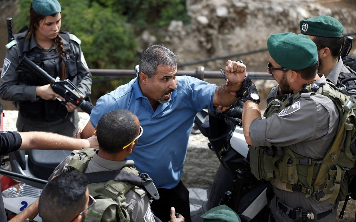 a look at the conflicts between the israeli and palestinian leaders