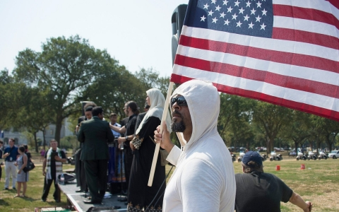 Thumbnail image for American Muslims have a race problem