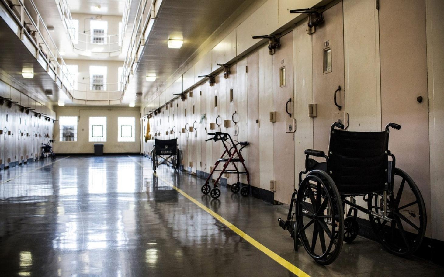 Abolish the death penalty essay