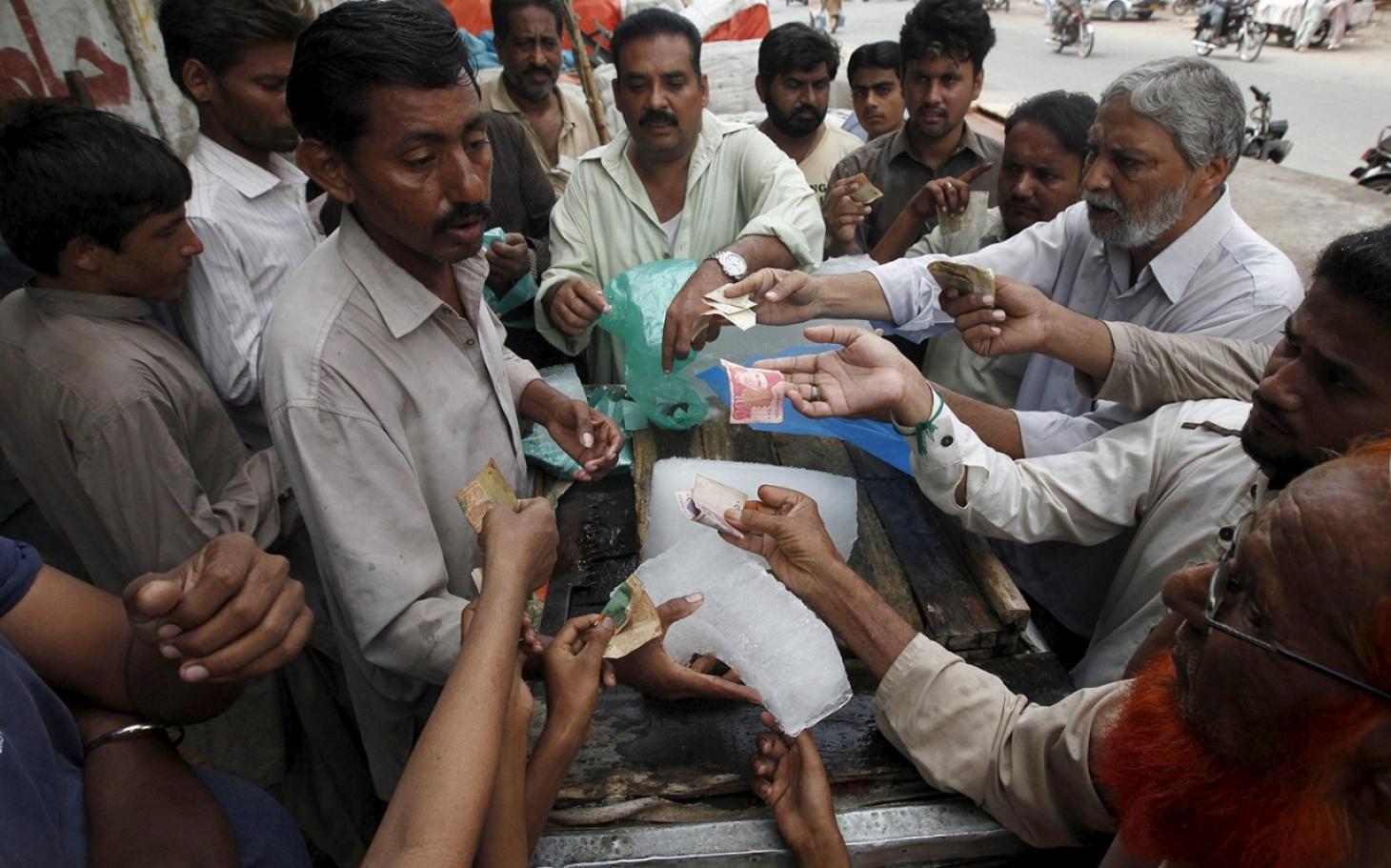 Heat Waves Are The Pakistani Government S Problem Al