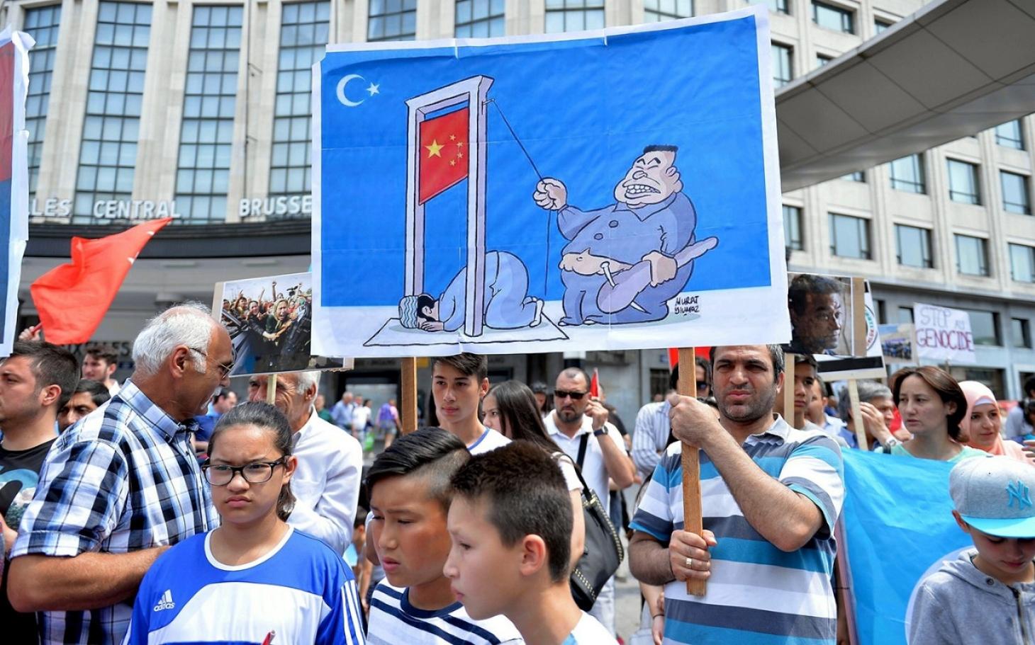 the ethnic roots of china u0026 39 s uighur crisis