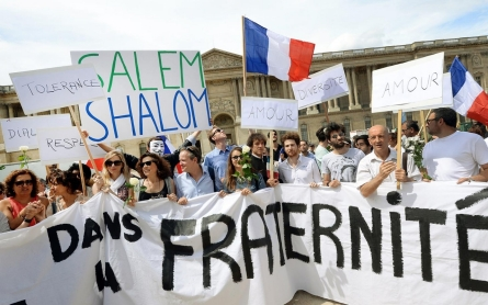 France jolts Mideast peace process