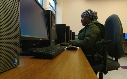 Philadelphia mom hopes online literacy program leads to better future