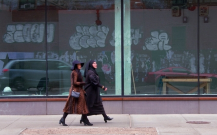 Left behind by mainstream fashion, two Muslim women find their footing