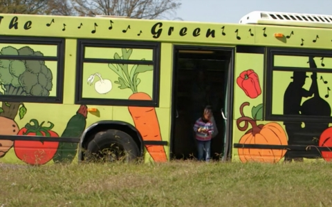 Before the Green Machine, access to fresh fruits and vegetables in a number of Memphis neighborhoods was nonexistent.
