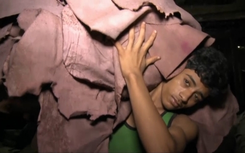 Thumbnail image for Slideshow: The surprising hell of Bangladesh's toxic leather tanneries