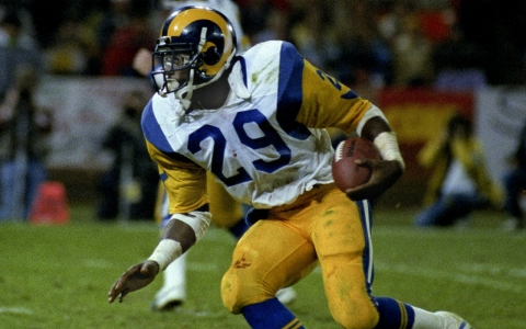 Eric Dickerson (29) carries the ball during a 1984 game. Dickerson was inducted into the Hall of Fame in 1999.