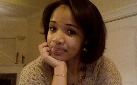 Weeks after performing at President Obama's inauguration, 15-year-old Hadiya Pendleton was gunned down in Chicago.