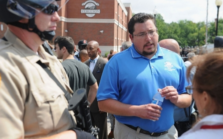 Ferguson mayor: I regret saying there was no racial divide