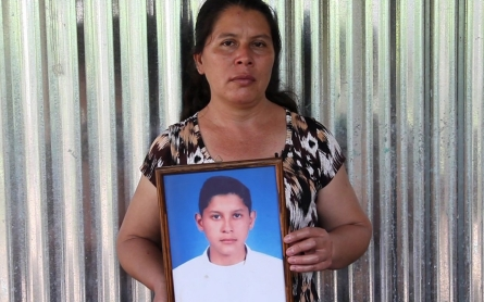 Why are so many young boys disappearing in El Salvador?