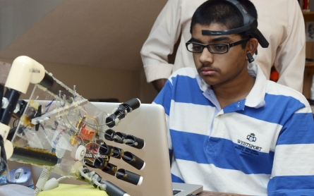 Teen prosthetics maker: Young innovators need more support, 'makerspaces'