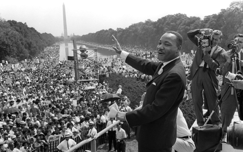 Martin Luther King, Jr. waves to supporters from the steps of the Lincoln Memorial on Aug. 28, 1963.