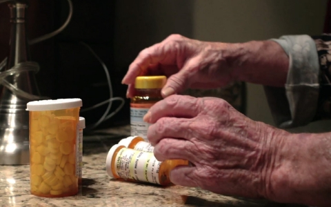 Thumbnail image for Doctor: Seniors have 'highest rate of drug overdose death'