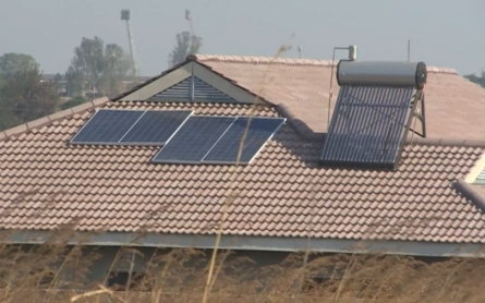 Zimbabwe looks to the sun to overcome electricity shortages