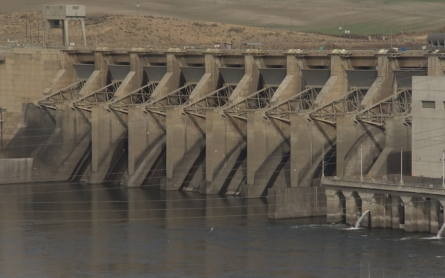 Fight over dams in the Northwest