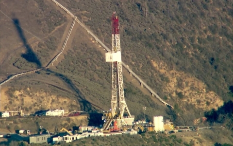Thumbnail image for Porter Ranch, California, faces environmental disaster