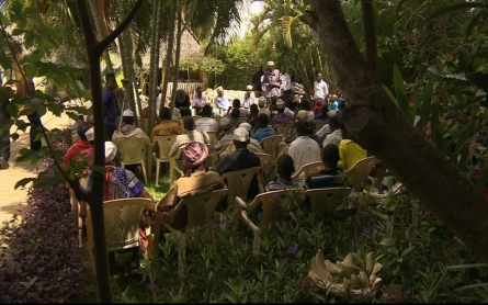 Boni tribe's way of life being threatened by Al Shabab in Kenya