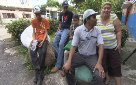 Thousands of Guatemalans risk lives to enter US