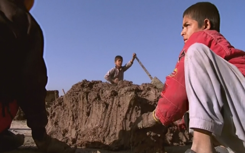 Thumbnail image for 40 percent of Afghan children sent to work to provide for families