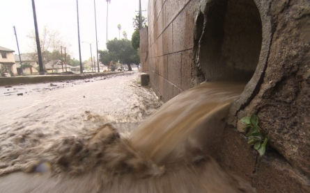California floods raising concerns about state's levee system