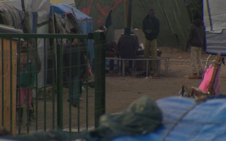 Children in Calais await freedom