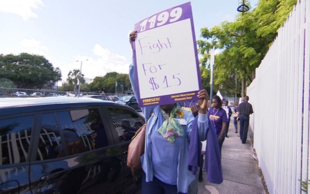 Health care workers join Fight for 15 movement
