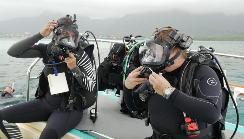 Dr. Gates and Marita Davison ready to dive