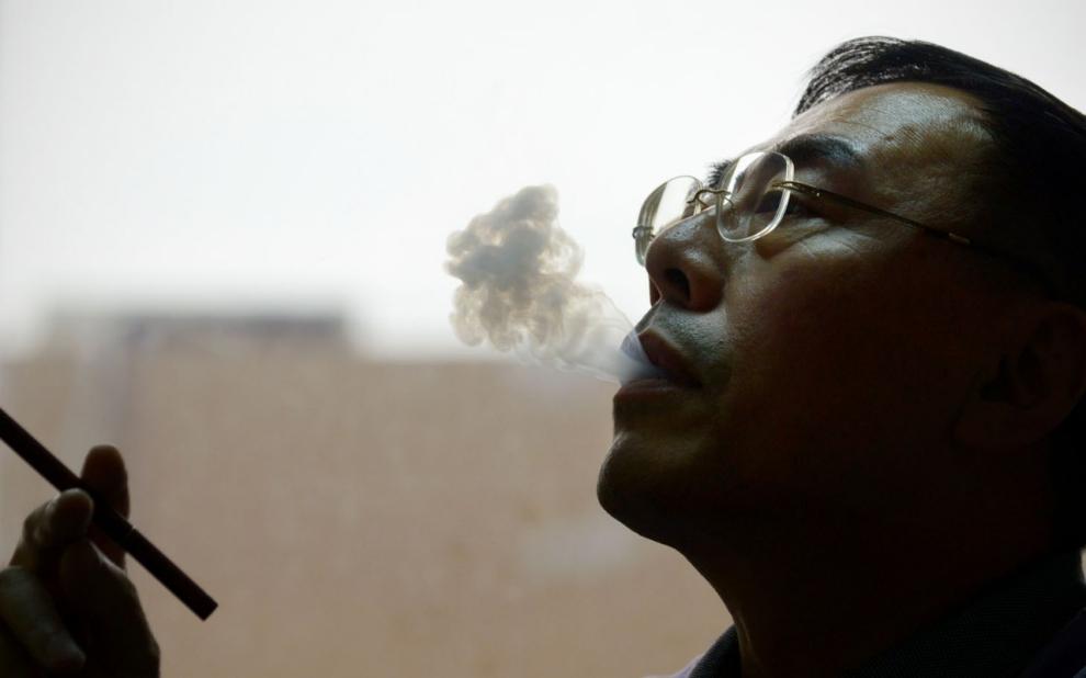 Electronic cigarette e liquid to refill