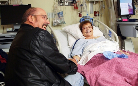 Brian and Victoria Bloomfield prepare for Victoria's transplant surgery.