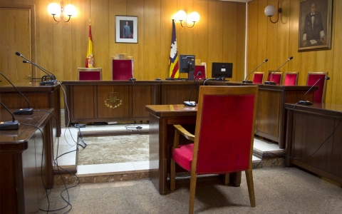 Spanish courtroom